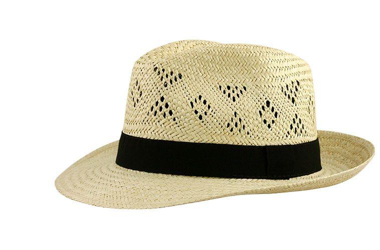 Offrir un chapeau : l'accessoire qui fait la différence !